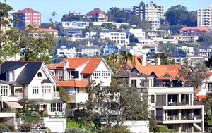 Old home loans costing Aussies 'thousands' by not switching