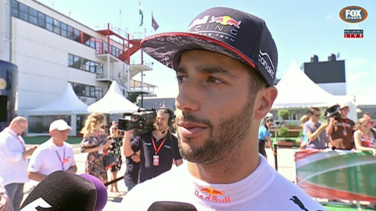 """Ricciardo brands Verstappen an """"amateur"""""""