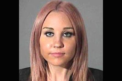 This is the point when it all started to go downhill in Amanda-land. In March 2012, LA police arrested Amanda for DUI. Fast-forward to September, and two hit-and-run incidents later, Amanda lost her license for leaving the scenes of two separate collisions without providing her full deets. Oh yeah, she was also snapped smoking what look like marijuana in her car. Cops caught Amanda driving under a suspended license, and impounded her car. Like Lilo, she missed a pre-trial hearing ... but the judge kindly dismissed the charges in the end.