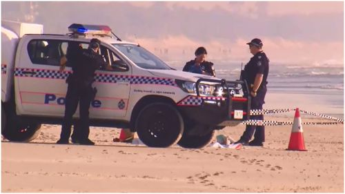 A man's body has been found on Northcliffe Beach in Surfer's Paradise this morning.
