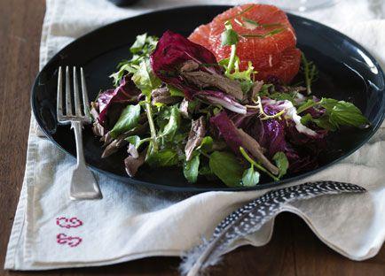Pigeon salad with grapefruit, radicchio and endive
