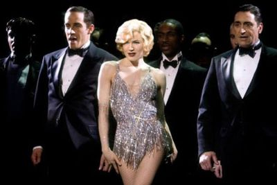 Shaking her thang as Miss Roxie Hart in the 2005 box office hit <i>Chicago</i>, all eyes were on Renee's bangin' bod. <br/>
