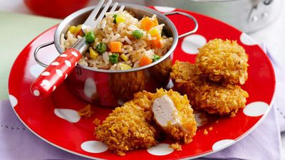 "Recipe: <a href=""http://kitchen.nine.com.au/2016/05/13/13/52/chicken-nuggets"" target=""_top"">Chicken nuggets</a>"