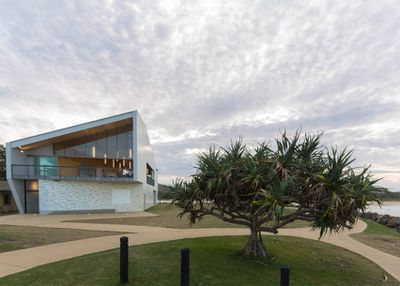 The Kempsey Crescent Surf Lifesaving Club by Neeson Murcutt Architects Pty Ltd<br> <br>