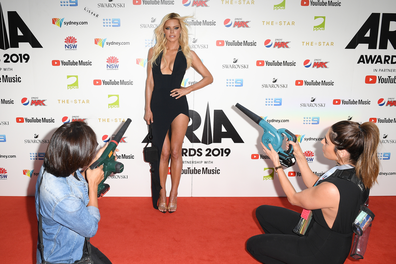Sophie Monk brings her own wind machines to the ARIA Awards 2019 red carpet