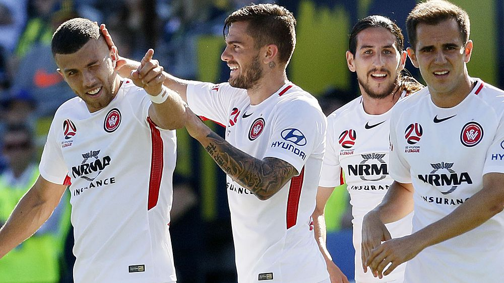 A-League: Western Sydney Wanderers hold on to beat Central Coast Mariners