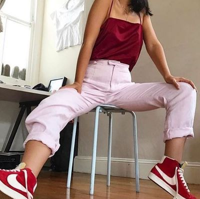 Insta inspo from yasminsuteja with some high-waisted pink crop pants and crimson sneakers<br>