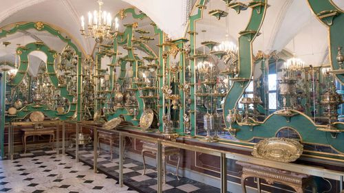 Jewels worth $1.1 bil. stolen from German museum