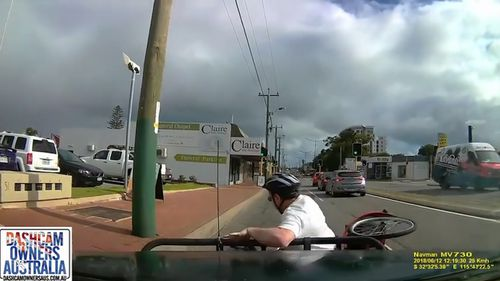 The cyclist was knocked over. (Dashcam Owners Australia)