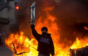 George Floyd protests: 25 US cities under curfew as Minneapolis protests spread; National Guard called in; patrol cars set on fire, rubber bullets fired into crowds