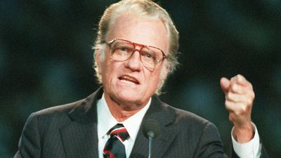 'One of the greatest Americans' Evangelist Billy Graham dies aged 99