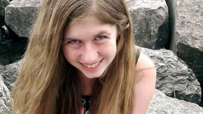Girl resembling missing US teen spotted on other side of country
