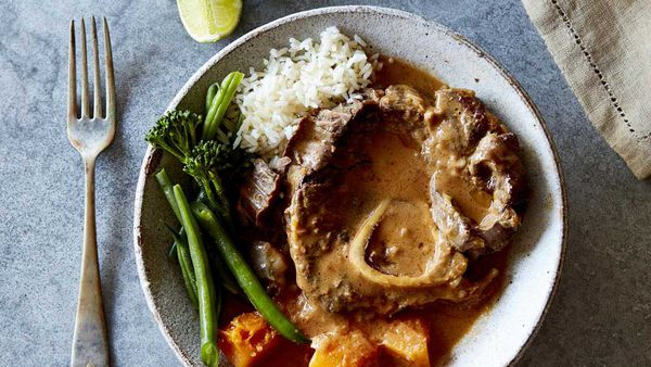Beef shin red curry with pumpkin and eggplant_recipe
