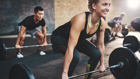 Aerobic exercise vs resistance exercise: Which one should you focus on?