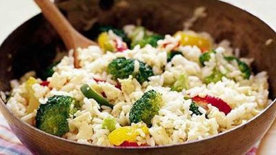 <strong>Easy vegetarian fried rice</strong>