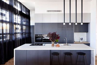Bianca and Carla Kitchen Shaynna Neale Darren The Block 2018 Room Reveal Judging.