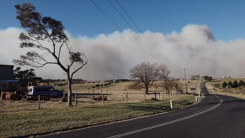 An out-of-control bushfire has taken hold west of Milton on the NSW south coast.