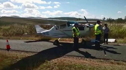 Fault forces plane to land on Queensland road