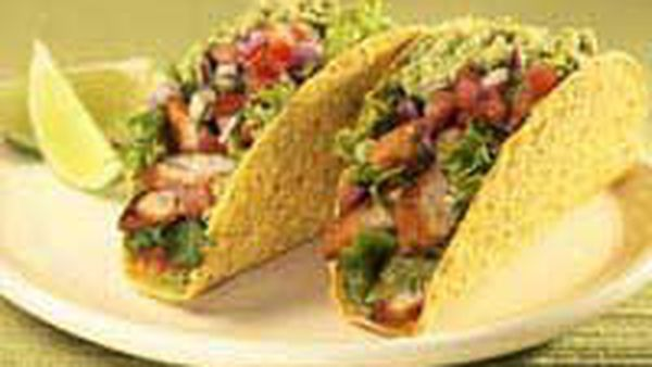 Chicken and guacamole Stand 'n Stuff taco
