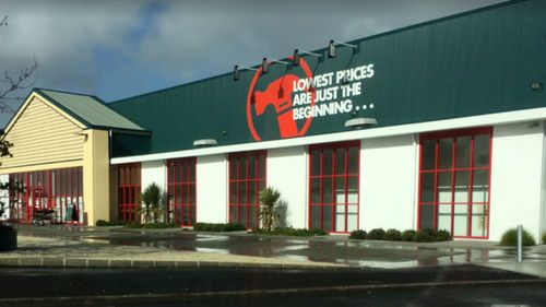 The Auckland Bunnings the infected airport worker visited in New Lynn.