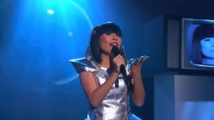 Dami Im does Miley's 'Wrecking Ball'