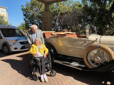 World's oldest living couple celebrate 80th wedding anniversary