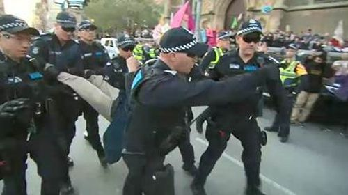 191007 Extinction Rebellion climate change protest rally Melbourne police crime news Victoria Australia