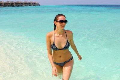 Sigh... Wouldn't you rather be in the Maldives with Ricki Lee?