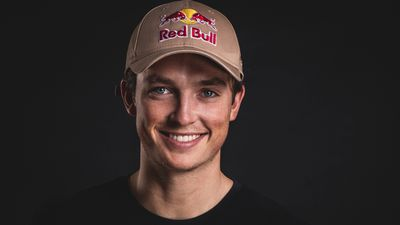 Australian snowboarding legend Scotty James took out the bronze medal for the men's Half Pipe. (AAP)