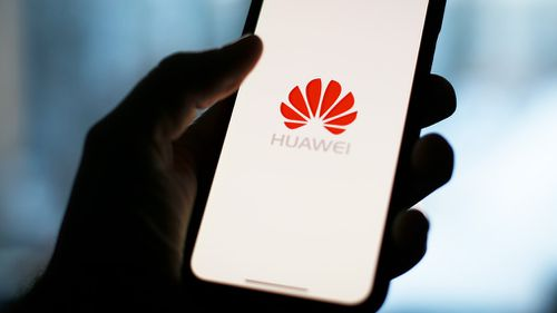 Poland has arrested a Chinese employee of Huawei and a Polish cyber business specialist on allegations of spying.