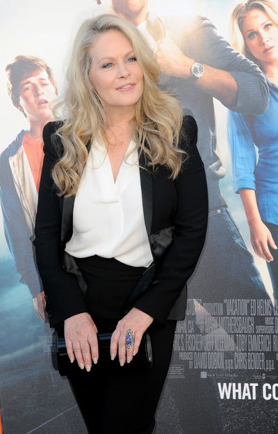 <p>Beverly D'angelo gave birth at 49.</p> <p>TheNational Lampoon's Vacationstar had twins, Anton and Olivia, with then boyfriend Al Pacino, in 2001.</p>