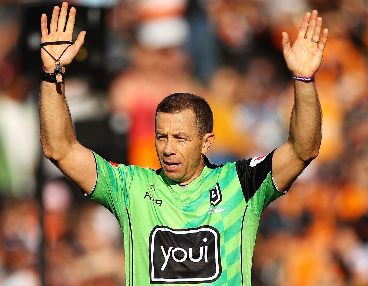 Officials won't jeopardise NRL re-start even if they lose battle to retain two refs