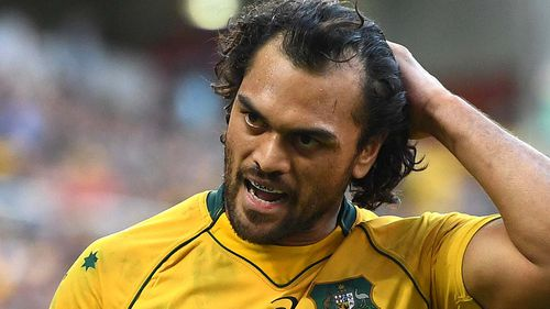 Hunt playing for the Wallabies.