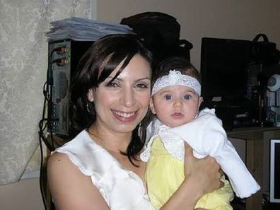 Jo Abi with her daughter in 2009.