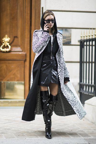 Hailey Baldwin, street style, spring/summer '17, Paris Fashion Week