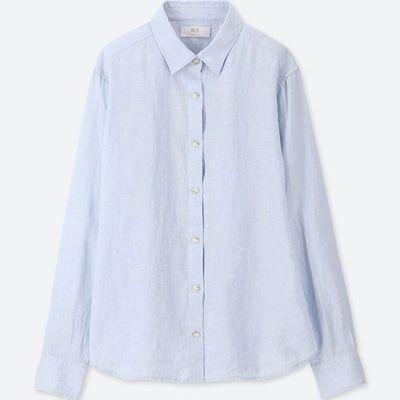"""<em>Style Pick- <a href=""""https://www.uniqlo.com/au/store/women-premium-linen-long-sleeve-shirt-4045560017.html#colorSelect"""" target=""""_blank"""" title=""""Uniqlo Women Premium Linen Long Sleeve Shirt in Blue, $49.90"""" draggable=""""false"""">Uniqlo Women Premium Linen Long Sleeve Shirt in Blue, $49.90</a></em>"""