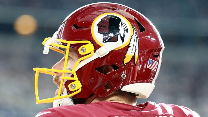 Washington Redskins move toward changing controversial team name