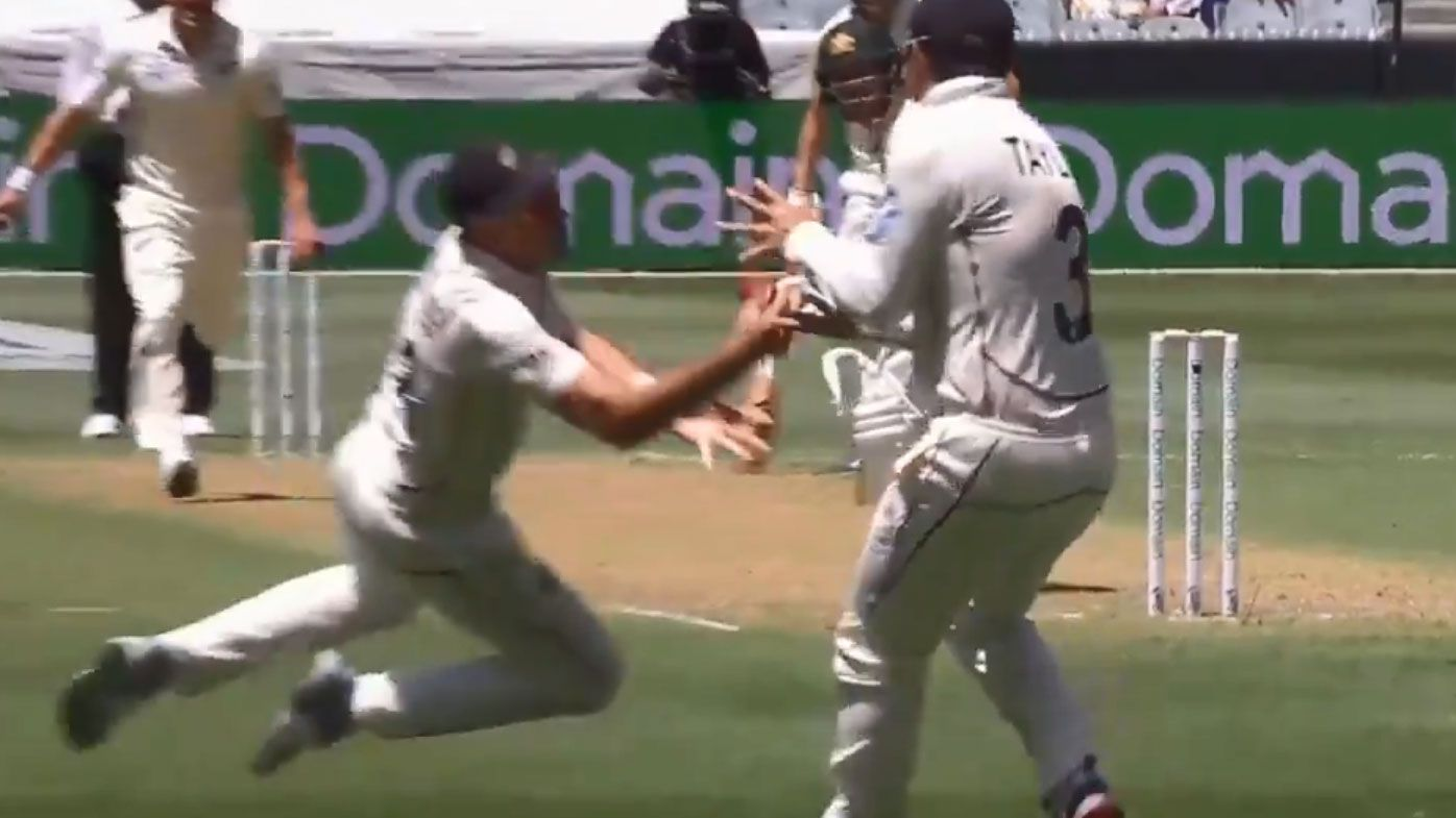 Southee takes stunning Boxing Day catch