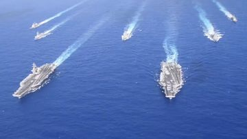 US show military might in South China Sea