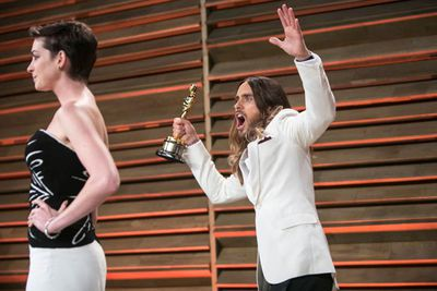 Ahhh Jared Leto... you truly are the Oscars king of photobombs.