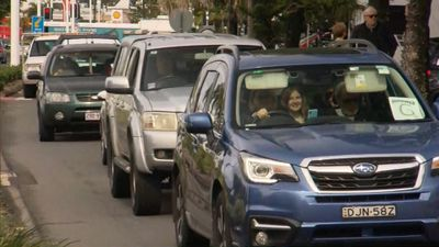 Traffic pile-up at Queensland border