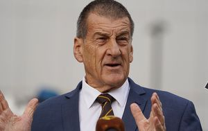 Former Victorian Premier Jeff Kennett reveals he was almost killed in freak car accident