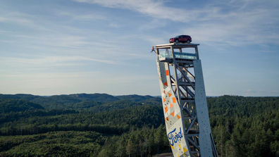 Ford had a Ford Explorer PHEV lifted onto the iconic Over Tower in Norway for the campaign