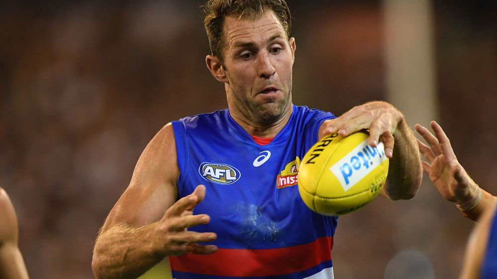 Western Bulldogs forward Travis Cloke to retire from AFL