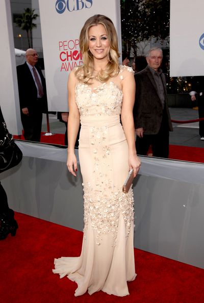 Kaley Cuoco arrives at the 2012 People's Choice Awards at Nokia Theatre L.A. Live on January 11, 2012