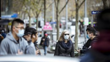 Mad rush to buy face masks in Victoria before new rules begin