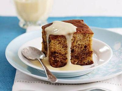 Caramel date pudding