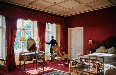 Downton Abbey's Highclere Castle bedroom