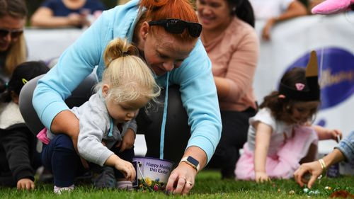 Half a million Cabury Easter eggs were up for grabs at Werribee. (AAP)