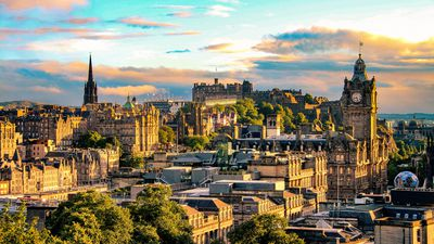 $100 Helpline: Three amazing Edinburgh experiences under $100